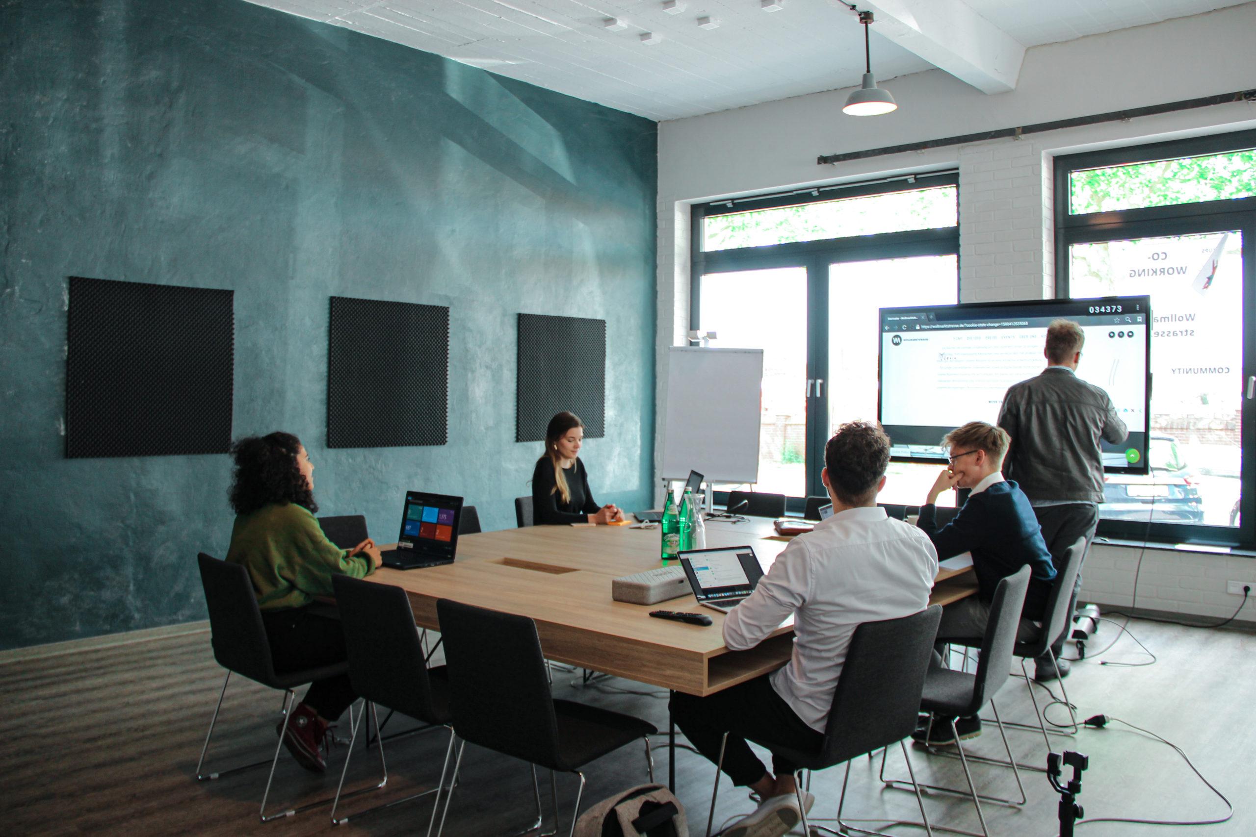 You are currently viewing Warum ist ein Coworking-Space für Unternehmen interessant?
